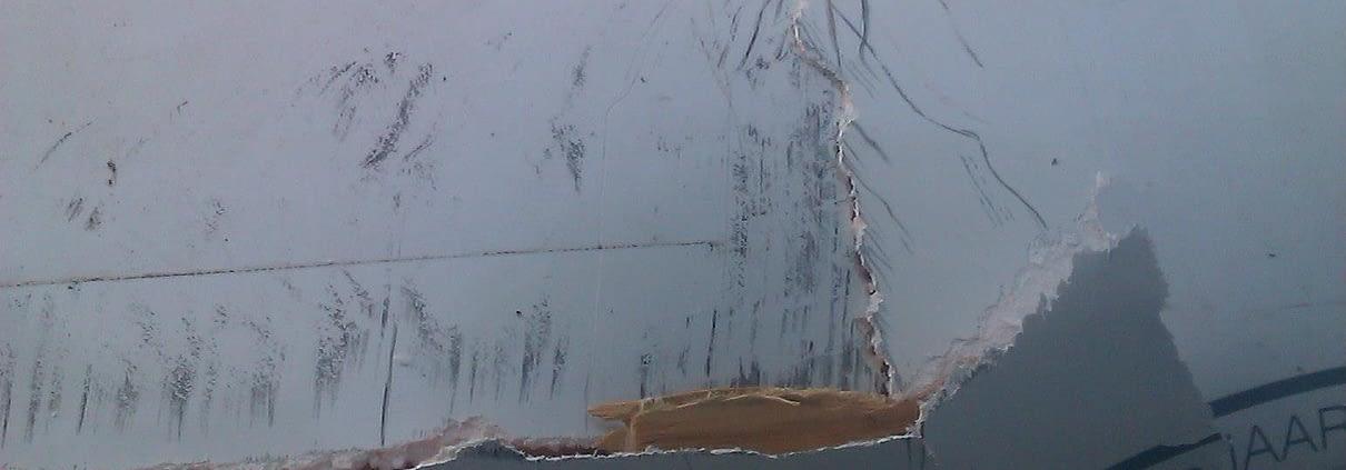 Reparación a domicilio de golpe en techo caravana